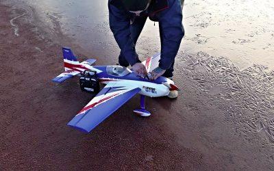 Test flygning FMS Extra 300